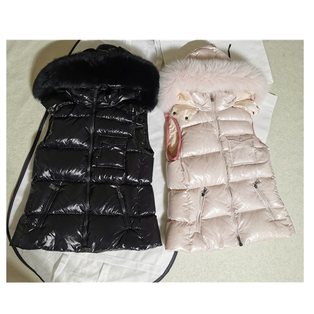 Women Warm Winter Hooded Down Vest 2020 New Style Glossy Fabric with Fluffy Fox Fur 90% White Duck Down Filling Casual Jackets 1