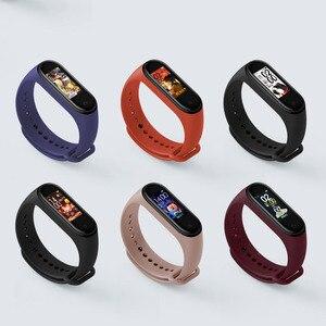 Image 3 - Xiao mi mi Band 4 inteligentna bransoletka 3 kolor ekran AMOLED mi band 4 Smartband Fitness Traker Bluetooth sportu wodoodporna inteligentny zespół
