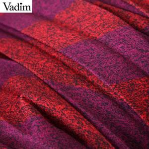 Image 5 - Vadim موضة النساء مخطط مطوي تنورة الجانب سستة Europen نمط ميدي تنورة الإناث عادية منتصف العجل التنانير BA885