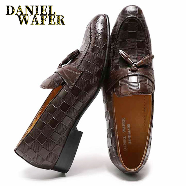 高級メンズローファーイタリア本革の靴のファッションチェック柄プリントレースアップウェディングオフィスカジュアルドレスシューズ男性