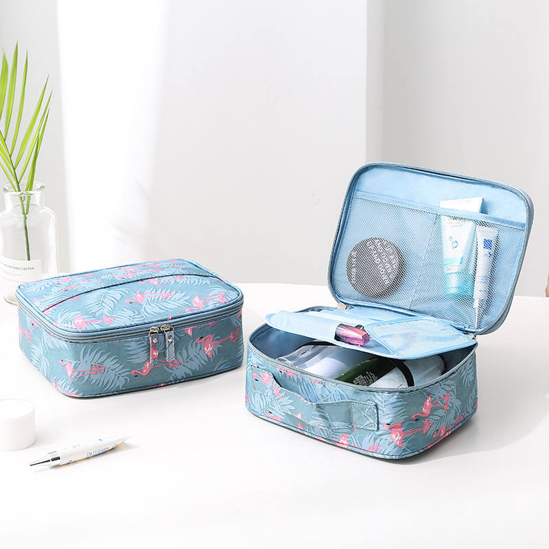 High Quality Portable Women Make Up Cosmetic Bag Waterproof Beauty Case Organizer Toiletry Kits Bags Wash Pouch Travel Essential