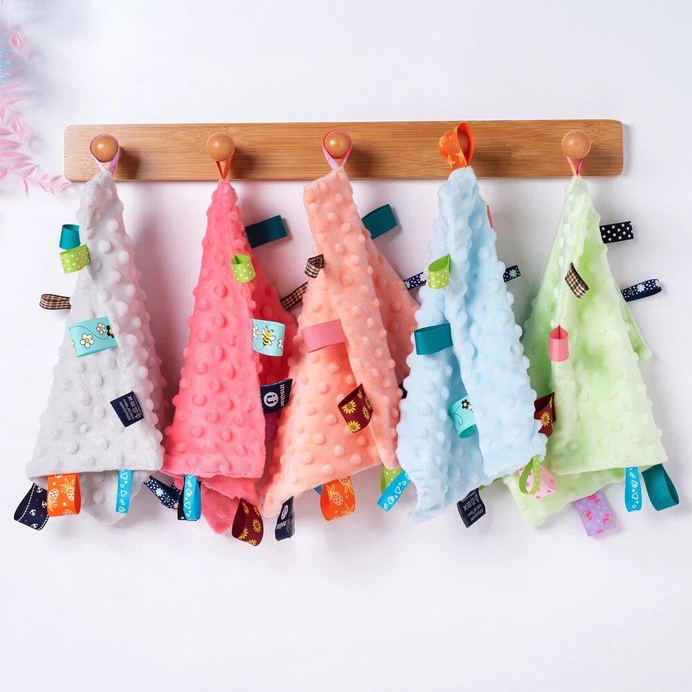 Toalla de algodón suave para bebé, mordedor de tacto suave para bebés, manta cómoda para dormir, juguetes con etiquetas de colores para ducha
