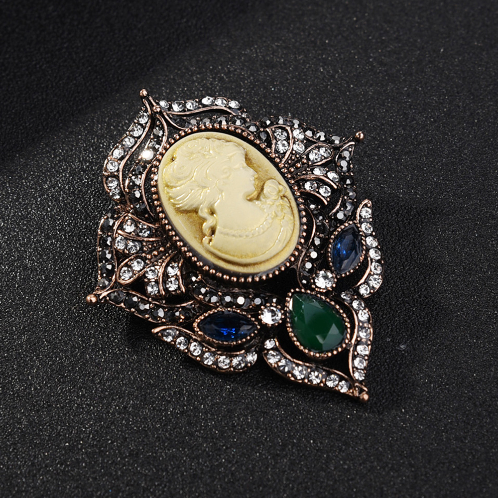 Vintage Pearl Crystal Women Beauty Head Cameo Queen Brooch Pin Breastpin Jewelry