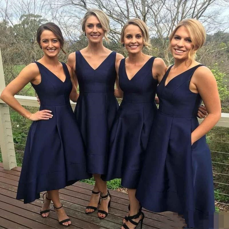 Garden Short High Low Bridesmaid Dresses 2020 With Pockets Navy Blue Cheap V-Neck Pleats Maid Of Honor Gowns Formal Junior Dress