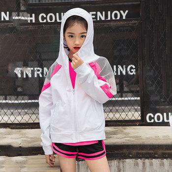 Odzież sportowa dzieci 2 sztuk zestaw sportowy dla dziewczynek kurtka lato rashguardy dziewczyna sportowe bluzy z kapturem dzieci joga zestaw fitness skóry garnitury tanie i dobre opinie Pasuje prawda na wymiar weź swój normalny rozmiar Dziewczyny NYLON Stałe Windproof Pełna