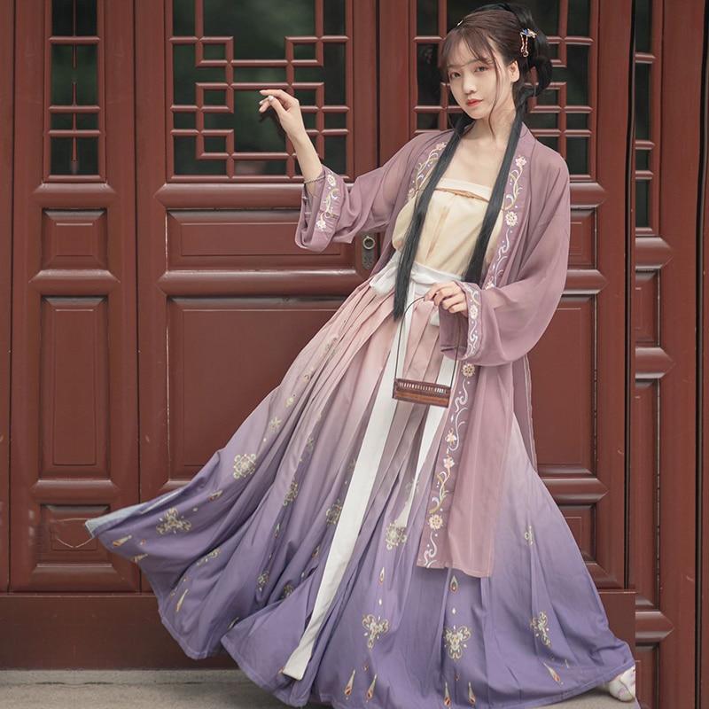 ชุดจีนโบราณ เครื่องแต่งกายจีนสมัยก่อน ชุดฮั่นฝู Hanfu ชุดจีนดั้งเดิม เสื้อผ้าผู้หญิงจีนโบราณ