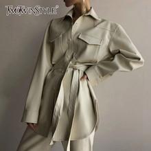 TWOTWINSTYLE/женские пальто из искусственной кожи в Корейском стиле пальто с воротником и отворотами, с длинными рукавами, с карманами, зашнуровать женское осеннее Модное новое пальто года