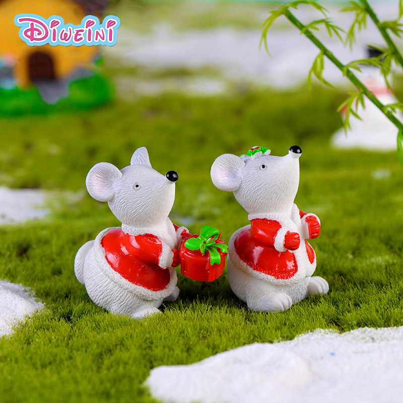 2pcs Christmas Mouse Model Cartoon Rat Action Figure Miniature Figurine Home Garden Dollhouse Decoration DIY Accessory Toy Gift