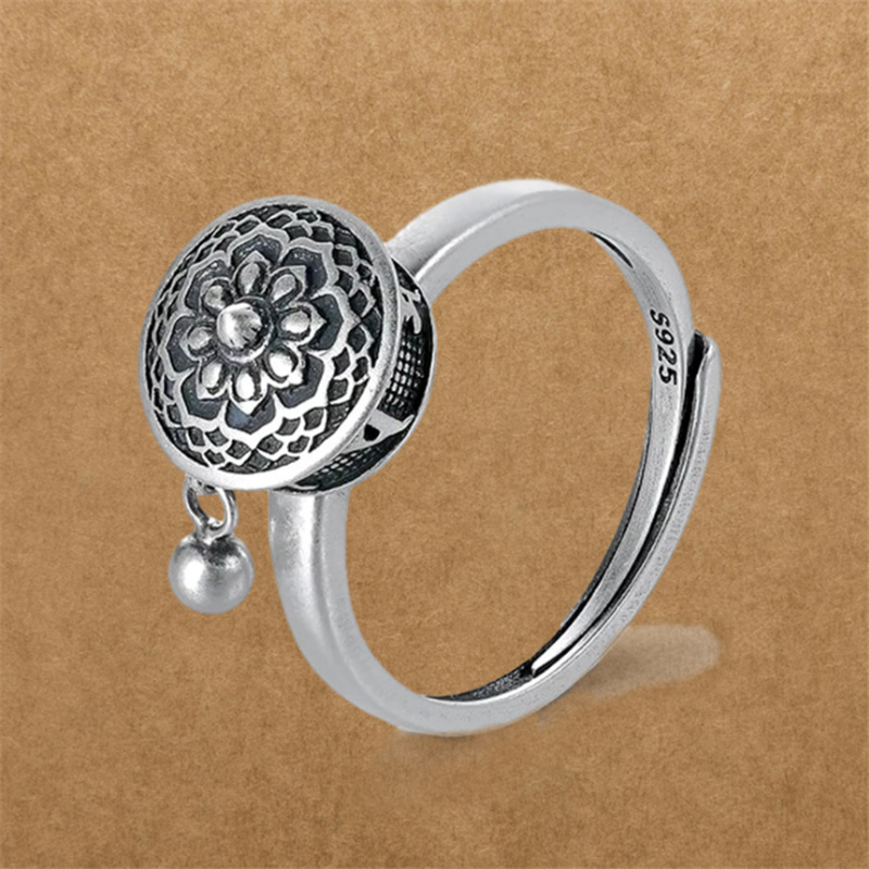 Hot Sale Mantra Buddhism Om Mani Padme Hum Finger Rings Letters Lucky Religion Amulet Tibetan Silver Rotate Ring For Women 1