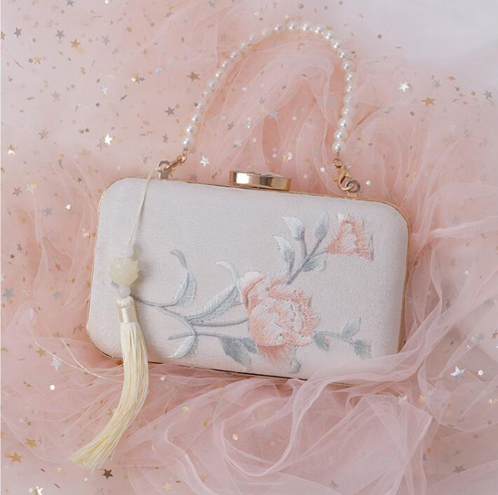Angelatracy 2019 New Arrival Lady Women Diamond Embroidery Flower Pearl Chain Storage Bag Summer Crossbody String Bag Set Bucket