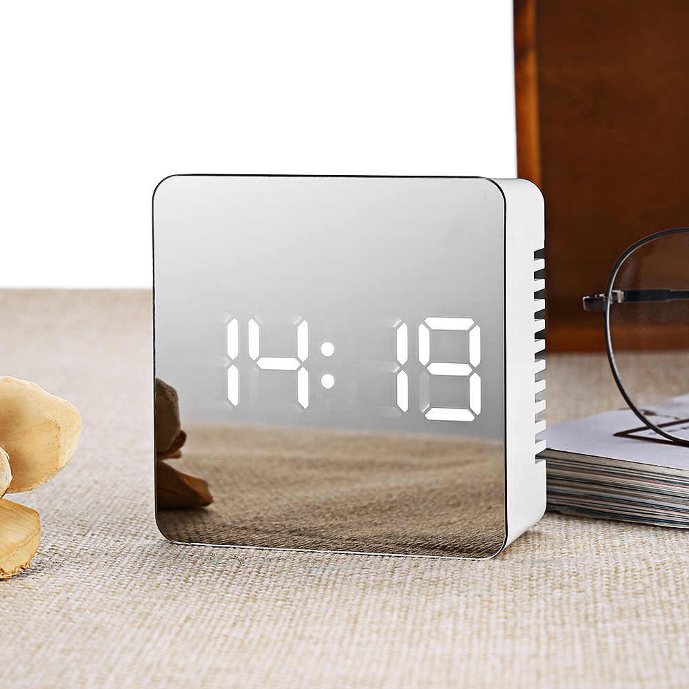 LED Spiegel Klok Multifunctionele Temperatuur Snooze Groot Display Home Decor LED Wekker Digitale Elektronische