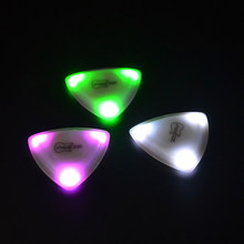 ZORY Pressed LED Lighting Guitar Pick, Three Thicknesses 0.6MM-0.8MM-1.00MM Luminous Guitar Pick Playing Guitar Aaccessories