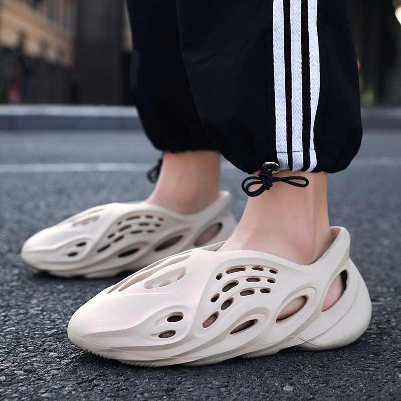 Summer Foam Runners Men Sandals