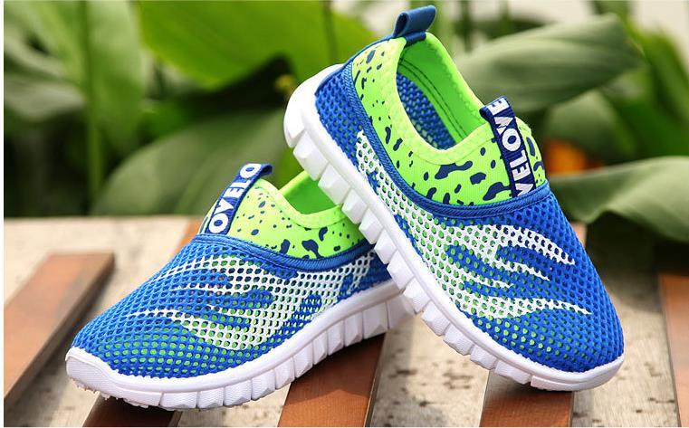 Summer Boys And Girls Running Shoes Children's Sports Shoes Mesh Breathable Children's Sports Shoes Shock Absorption Soft Rubber