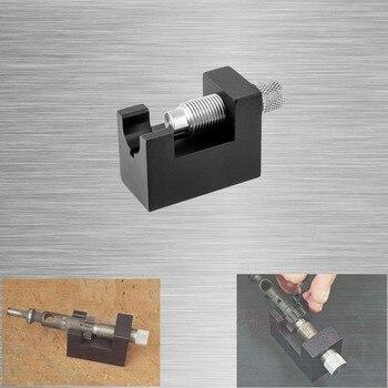 AR 15 Bolt Demontage Tool Gun Cleaning Kit Bolt Carrier Carbon Schraper Tool Accessoires voor Jachtgeweren    -