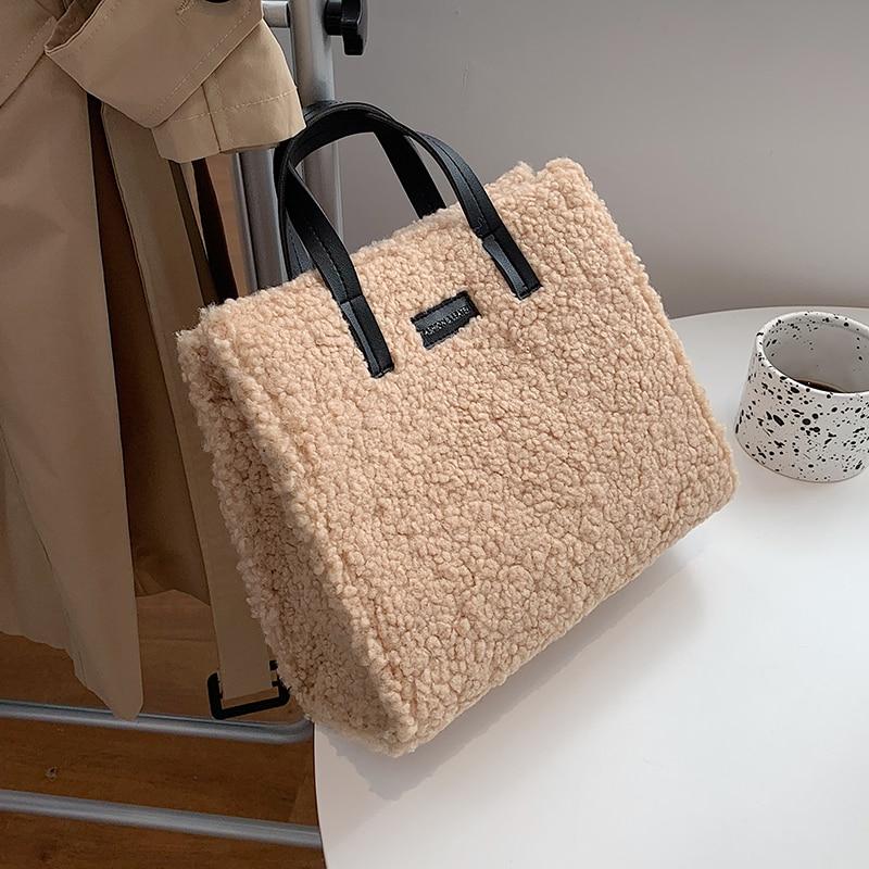Новые зимние плюшевые сумки через плечо для женщин 2020 из искусственного меха сумка через плечо одноцветная теплая Большая вместительная сумка Bolsa Feminina|Сумки с ручками| | АлиЭкспресс - Аналоги сумок с показов мод осень-зима 2020/21
