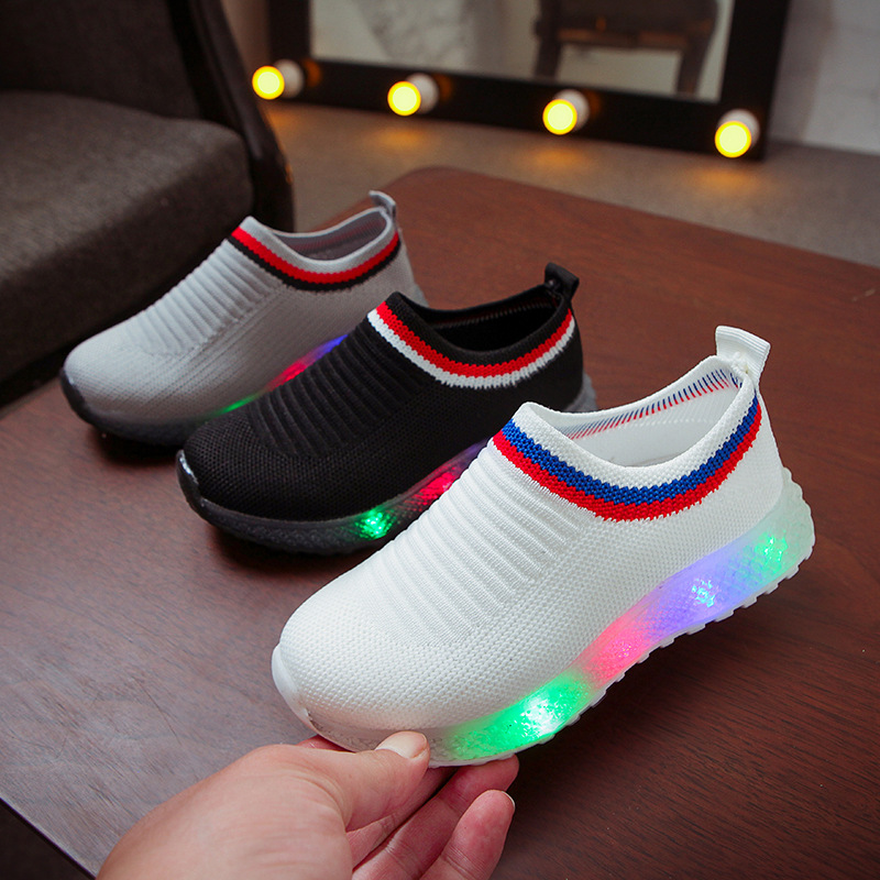 2020 hot sales solid leisure kids sneakers LED lighted fashion baby girls boys shoes excellent infant tennis children shoes