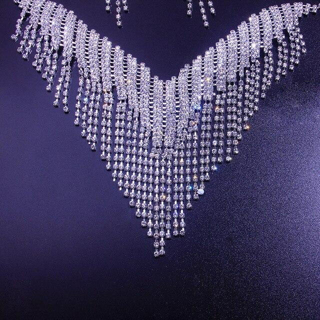 A moda conjunto de jóias de zircão redondo para 2021 é um conjunto de brincos e colar de jóias femininas 5