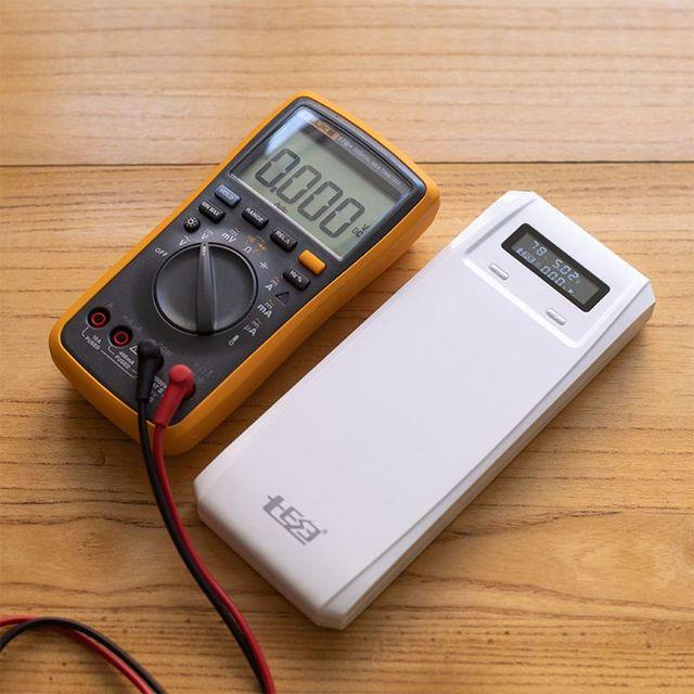 QD188 PD çift USB QC 3.0 + tip C PD DC çıkışı 8x18650 piller DIY güç bankası kutu tutucu kılıf cep telefonu için hızlı şarj