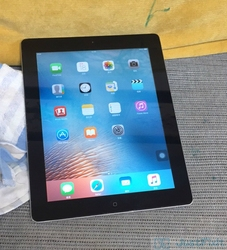 Original Refurbish Apple IPad 2 IPAD 2011 9.7 inches Wifi Version Black About 80% New