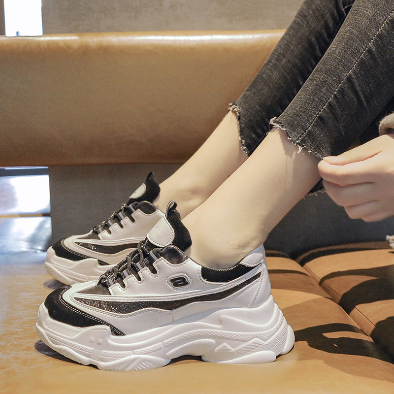 New Women Chunky Sneakers Vulcanize Shoes Korean Fashion New Female Black White Platform Thick Sole Running Casual Shoe Woman
