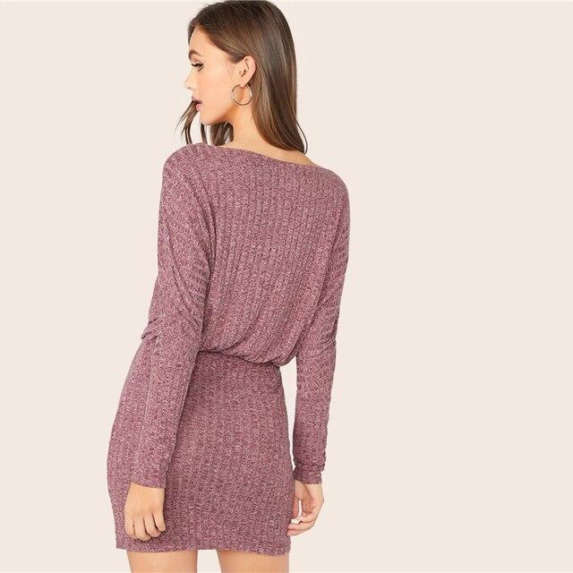 Vestido mini otoño cuello bandeja manga larga ajustado 1