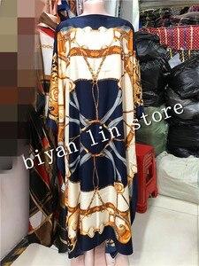 Image 2 - Długość sukni: 130cm biust: 130cm 2018 nowe modne sukienki Bazin nadrukiem Dashiki kobiety długa sukienka/suknia Yomadou kolorowy wzór oversize