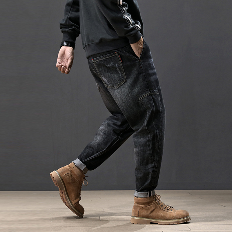 Fashion Streetwear Men Jeans Vintage Black Color Loose Fit Harem Pants Big Size 28-42 Hip Hop Tapered Jeans Men Pencil Pants