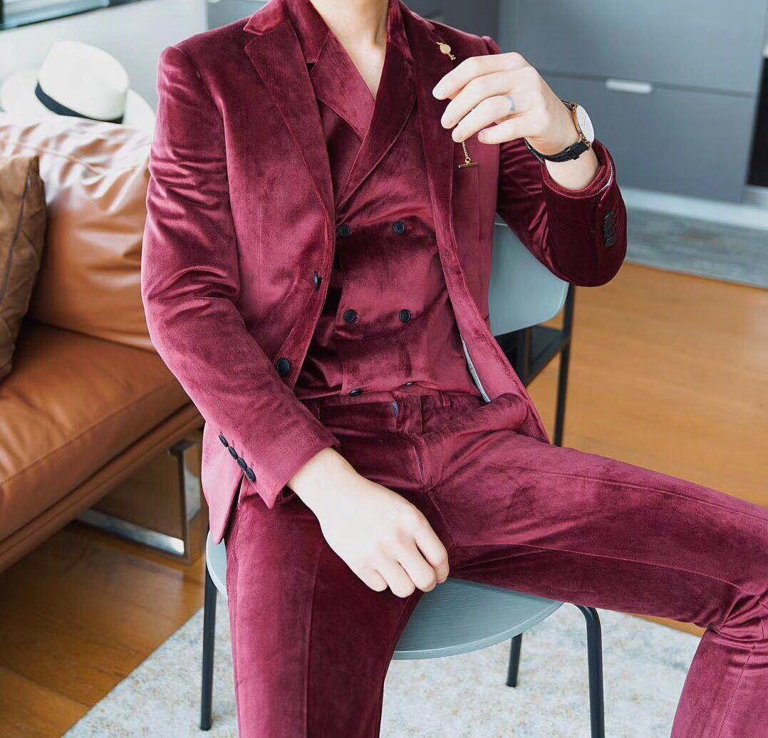 2019 Business Groom Tuxedo Suit Blazer And Apnt Wine Red Grey Luxury Velvet Suit Men Costume Mariage Homme/Jacket + Vest + Pant
