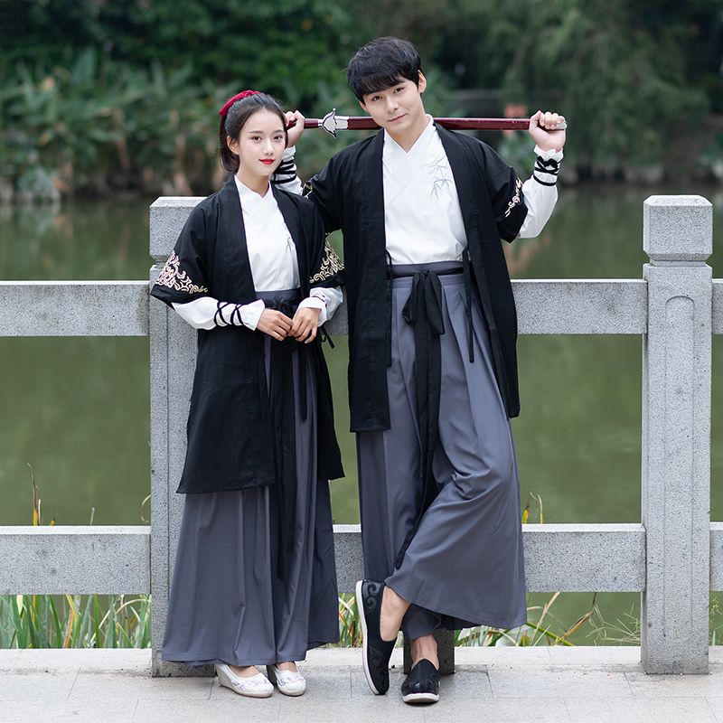 2019 Autumn Traditional Hanfu Chinese Style Women And Men Half Sleeve Cloak Couples Ancient Daily Hanfu Stage Wear DQL2588