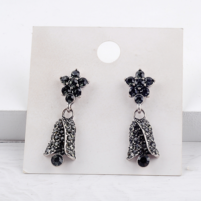 Vintage Crystal Flower Bell Pending Earrings 2019 Antique Silver Color Drop Earrings For Women Fashion Jewelry Accessories