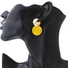 New Geometric Round Valentines Day Gift A Unique Pair of Pendant Earrings with Delicate Stylish Yellow Pendants