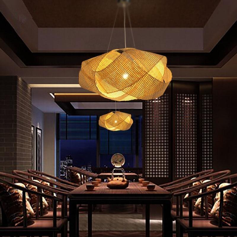 Lámpara de techo estilo nube de ratán y bambú