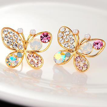 B177 Korean High-end Jewelry Wholesale And Pearl Butterfly Hollow Colored Crystal Stud