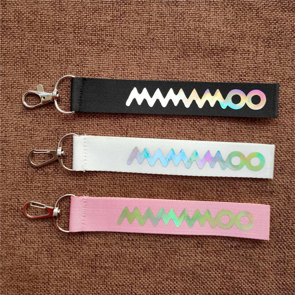 1pcs Kpop Mamamoo שרוך לייזר שם נייד רצועת טלפון תליון מפתח שרשרת k-pop Mamamoo keychain איכות גבוהה חדש כניסות