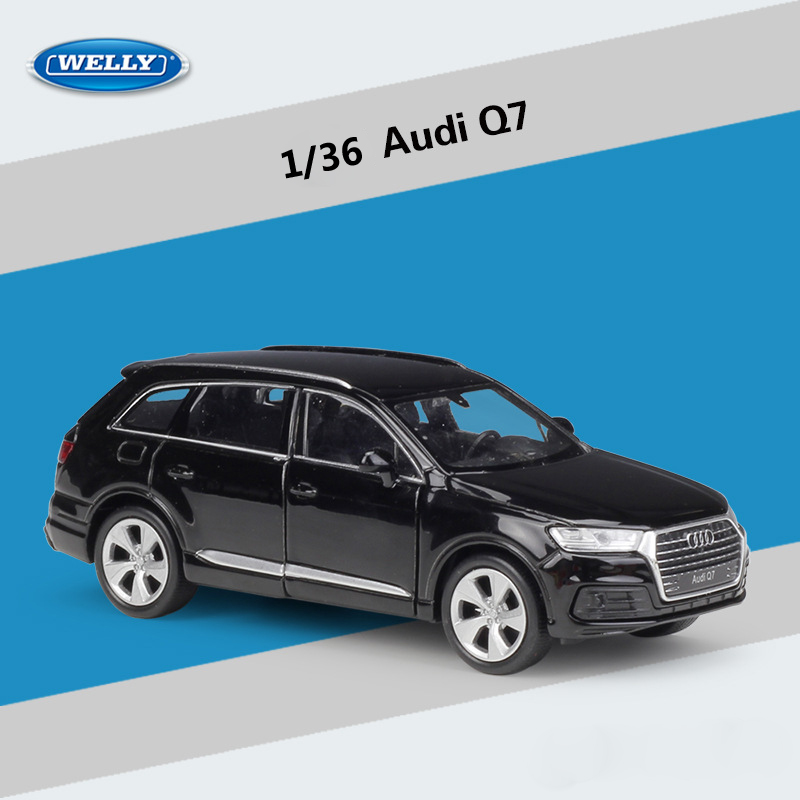 WELLY Diecast Car 1:36 Scale Simulation Audi Q3/Audi Q7 SUV Pull Back Model Car Metal Alloy Toy Car For Kids Gift Collection