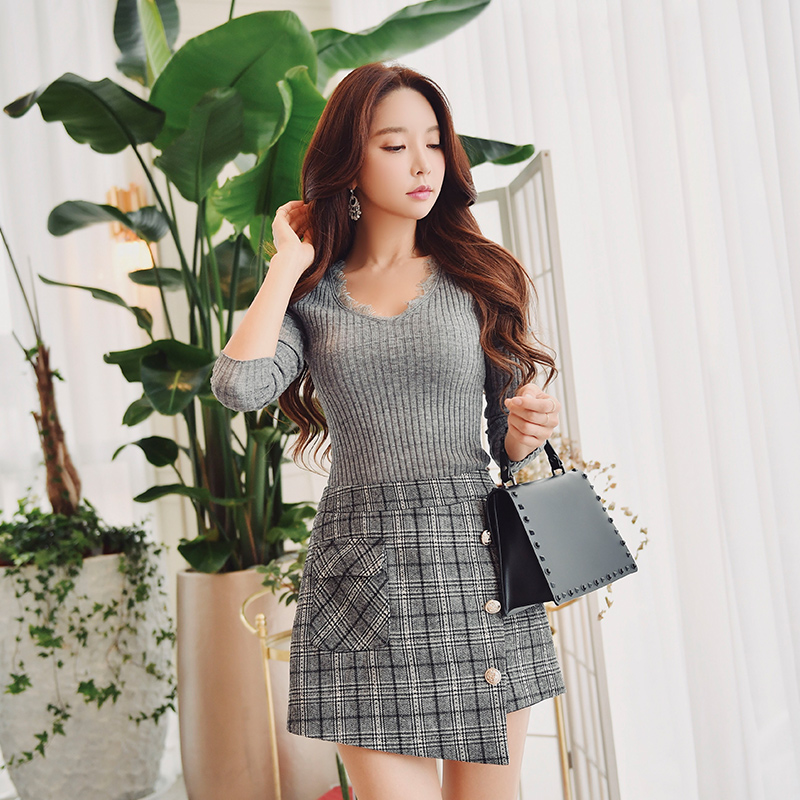 Dabuwawa Autumn Winter Vintage Plaid Shorts Women Office Lady Hight Waist Short Skirts Female Button Asymmetrical D18DSP003