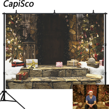 Capisco Christmas Wood Door Tree Gifts Photography Background Wreath Decoration Santa Claus House Photo backdrop Studio Props