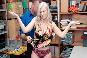Shoplyfter  Emily Right  Case No. 4207854