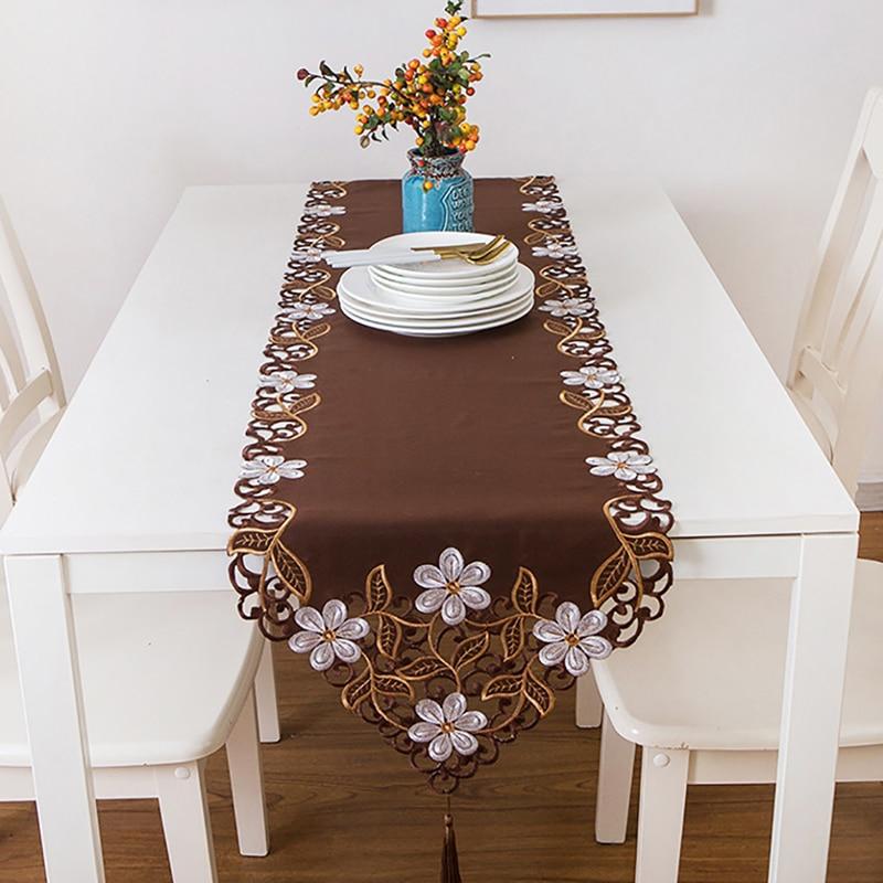 Novo 40*175 cm brown pastoral bordado branco floral tassel toalha de mesa corredor casa festa de casamento jantar mesa decoração pano