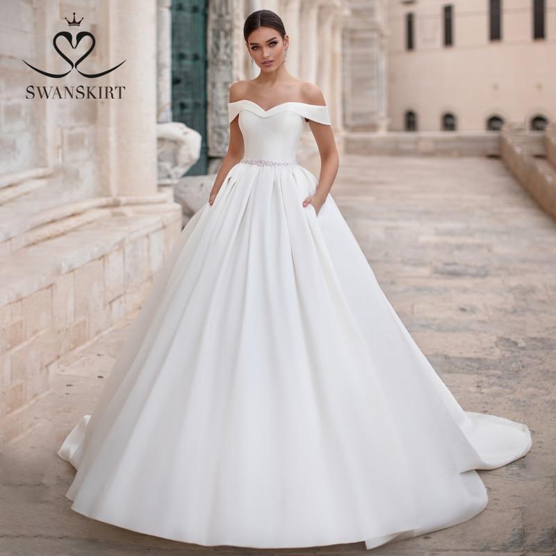 Sweetheart A-Line Wedding Dress 2019 Swanskirt Luxury Off The Shoulder Court Train Satin Bride Gown Size Vestido De Noiva K145