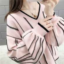 Autumn lantern sleeve pullover sweater stripe knit sweater 2019 Warm women Korean version looseV-neck Stitching lantern sleeve plain pullover sweater