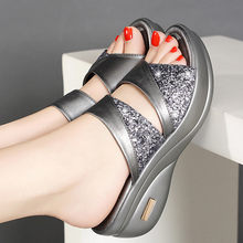 Sandálias femininas douradas, plataforma, nova, com strass peep toe, para mulheres, sexy, tamancos 2020/cinza/cinzasandálias femininas
