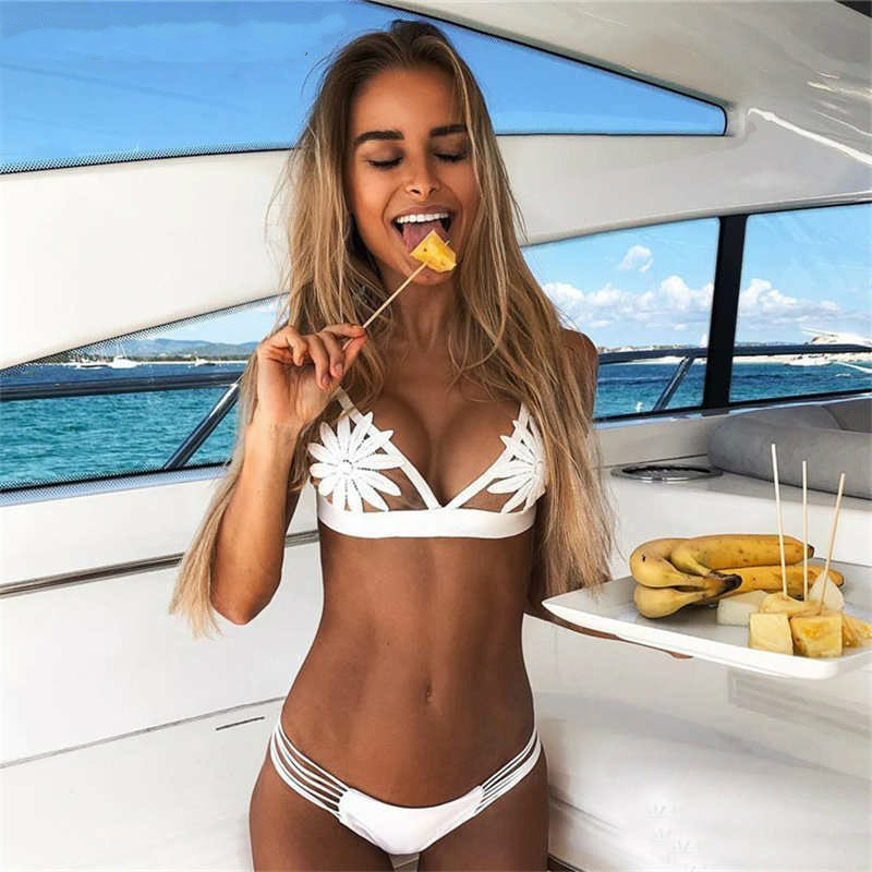 New White Sexy Lace Up Bathing Suit Women 2020 Fashion Flower Print Bikini Set Girls Solid Bikinis Swimsuit Low Waist Beachwear