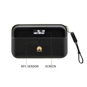 Image 1 - HUAWEI E5885Ls 93a Cat6 Mobile WIFI PRO2 300Mbps 4G LTE Mobile WiFi Hotspot e5885 avec 6400mah batterie batterie routeur Modems