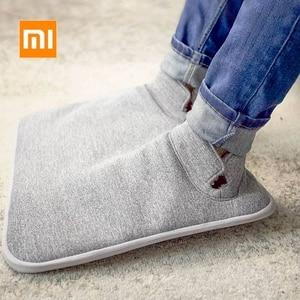 Image 1 - 원래 샤오미 Youpin 전기 발 따뜻하게 난방 패드 일정한 따뜻한 접이식 쿠션 겨울 난방 피트 신발 전기 담요