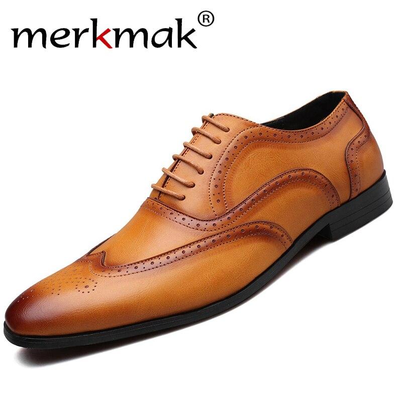 Merkmak zapatos formales de negocios de diseño Retro Bullock para hombres zapatos clásicos de cuero con punta puntiaguda Zapatos de vestir Oxford para hombres tamaño grande 38-48