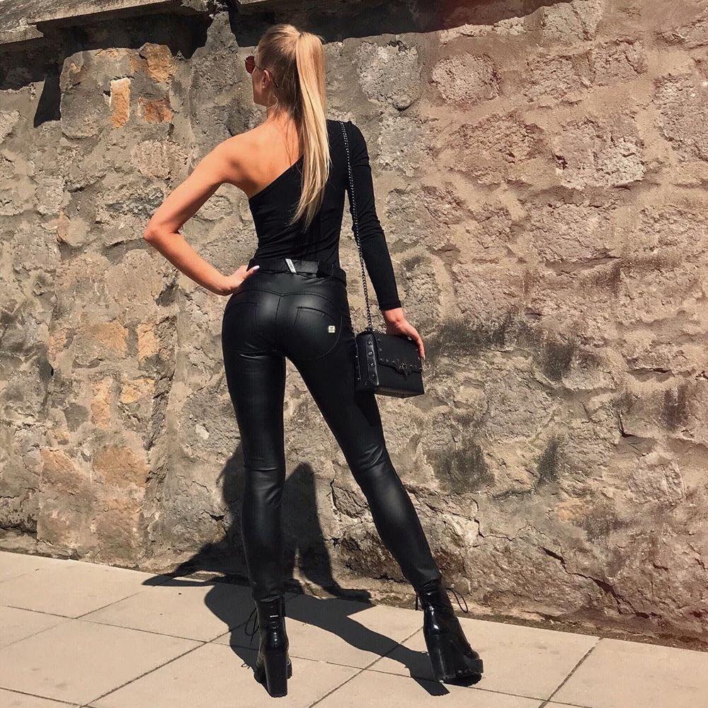 Melody Vegan Leather Legging Black Shiny Pants Skinny Slim Legs Instagram Leggings Full Length Middle Waisted Leggins Butt Up