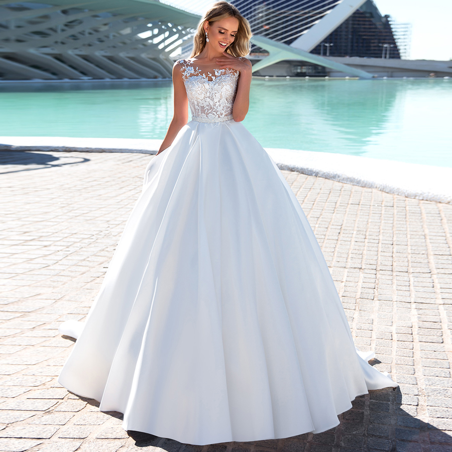 New Arrival White/Ivory Ball Gown Wedding Dress Robe De Mariee Cap Sleeve Beading Applique Wedding Dresses For Bride