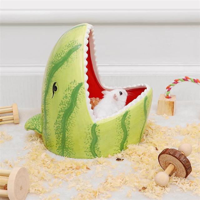 Ceramic Hamster House Cartoon Watermelon Shark Shape Small Animal Pet Nesting Habitat Cage Accessories Watermelon Shark Pet Pot 4